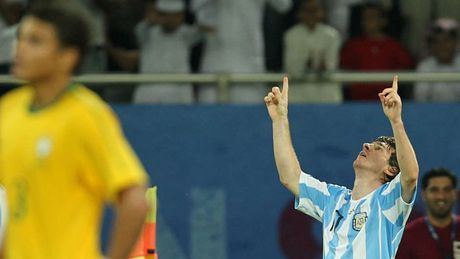 54 khoanh khac giup Messi sanh ngang 'vua doi bom' Batistuta (P1) - Anh 16