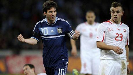 54 khoanh khac giup Messi sanh ngang 'vua doi bom' Batistuta (P1) - Anh 21