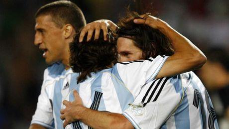 54 khoanh khac giup Messi sanh ngang 'vua doi bom' Batistuta (P1) - Anh 4