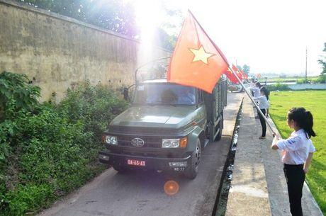 Dam le dua phi cong Tran Quang Khai ve voi dat me que huong - Anh 2