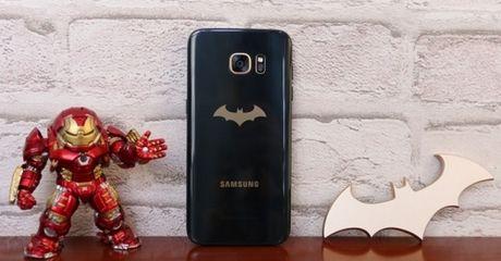 Samsung Galaxy S7 Batman 'doi gia' 45 trieu dong tai Viet Nam - Anh 3