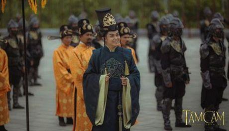 Hoa ra nhan vat tu te nhat phim 'Tam Cam' la… thai giam - Anh 1
