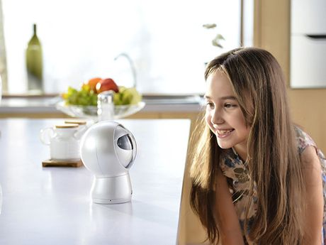 Robot dang so biet 'dieu khien' tre em - Anh 2