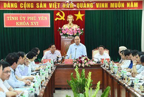 Thu tuong: Phu Yen nhu 'co gai dep dang ngu quen' - Anh 1