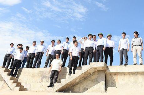 Thu tuong: Phu Yen nhu 'co gai dep dang ngu quen' - Anh 5