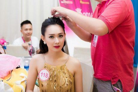 Thi sinh Hoa hau Viet Nam da san sang cho dem chung ket - Anh 3