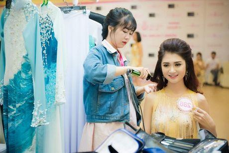 Thi sinh Hoa hau Viet Nam da san sang cho dem chung ket - Anh 4