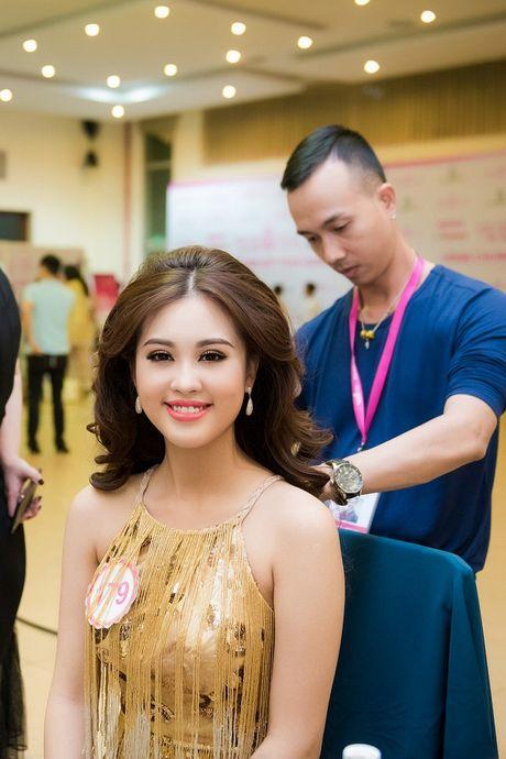 Thi sinh Hoa hau Viet Nam da san sang cho dem chung ket - Anh 7