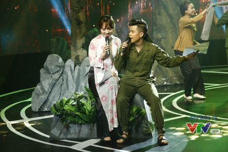 Giai dieu tu hao: Xuc dong chuyen tinh giua nhung cuu thanh nien xung phong - Anh 2