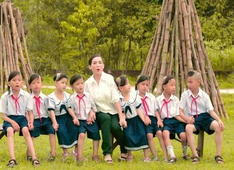 """Tiet lo nhung """"gia tai"""" vo gia cua Phi Nhung, Hoai Linh, Quang Le - Anh 1"""