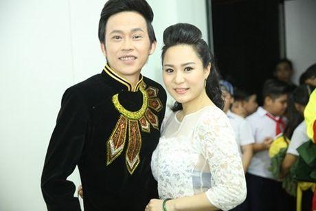 """Tiet lo nhung """"gia tai"""" vo gia cua Phi Nhung, Hoai Linh, Quang Le - Anh 4"""