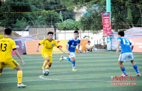 Em trai Phi Son toa sang ruc ro o Kansai Paint Cup 2016 - Anh 3