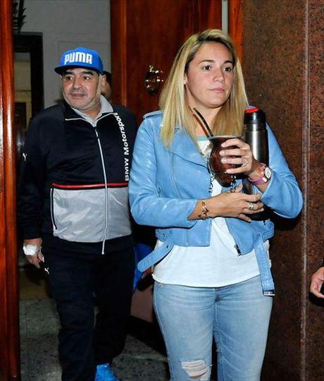Vi bo 25 tuoi, huyen thoai Maradona di got mat - Anh 4
