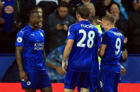 Leicester - Swansea City: Nguoi hung Jamie Vardy len tieng - Anh 1