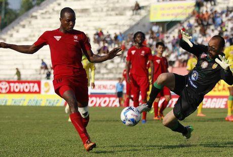 V.League vong 23: Hai Phong mat ngoi dau bang vao tay Than Quang Ninh - Anh 1