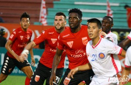 Long An quyet dau play-off voi Viettel tren san Chi Lang - Anh 1