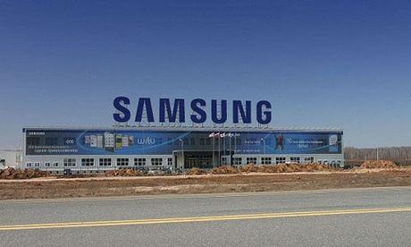 Nhung lum xum Samsung Thai Nguyen truoc vu nu cong nhan dot tu - Anh 2