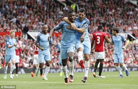 M.U 1-2 Man City: Nhuom xanh Old Trafford - Anh 1
