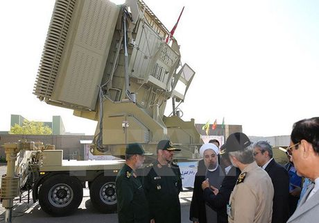 Iran tuyen bo ten lua do nuoc nay che tao hon han S-300 cua Nga - Anh 1