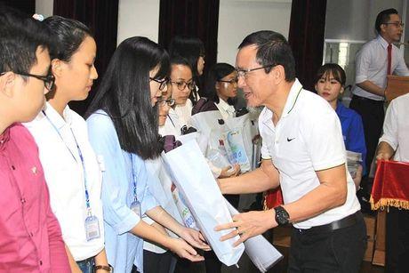 Ong chu Duy Loi giai thich ly do 'chi tien cho nhan vien di nha nghi' - Anh 2