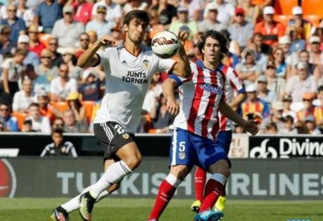 17h00 ngay 02/10, Valencia vs Atletico Madrid: Bay doi gap kho - Anh 1