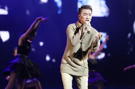 Dam Vinh Hung bien hoa nhu 'tac ke hoa' trong liveshow 12 ti - Anh 11