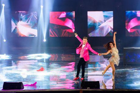 Dam Vinh Hung bien hoa nhu 'tac ke hoa' trong liveshow 12 ti - Anh 20