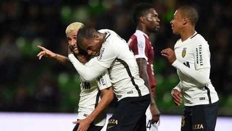 AS Monaco thang huy diet, Cavani lai nang buoc PSG - Anh 3