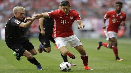 Bayern bat ngo bi Cologne cam chan - Anh 1