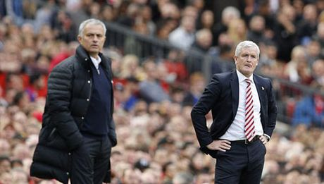 HLV Mourinho: MU qua den, dang le phai thang 6-0 - Anh 2