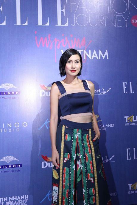Dan Hoa hau, A hau 'do bo' tham do dem cuoi Elle Fashion - Anh 12