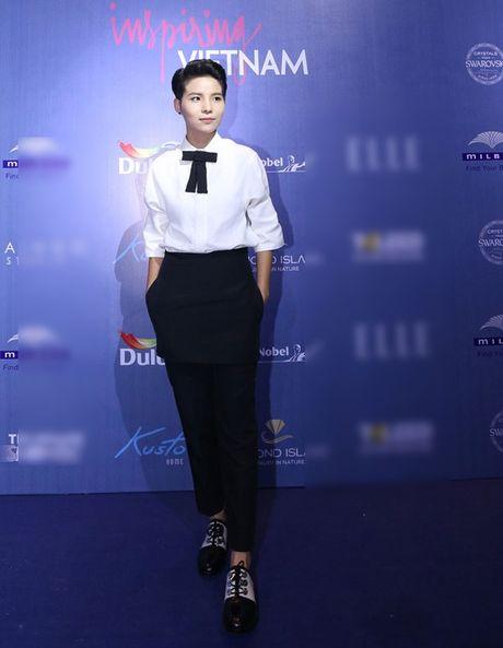 Dan Hoa hau, A hau 'do bo' tham do dem cuoi Elle Fashion - Anh 4