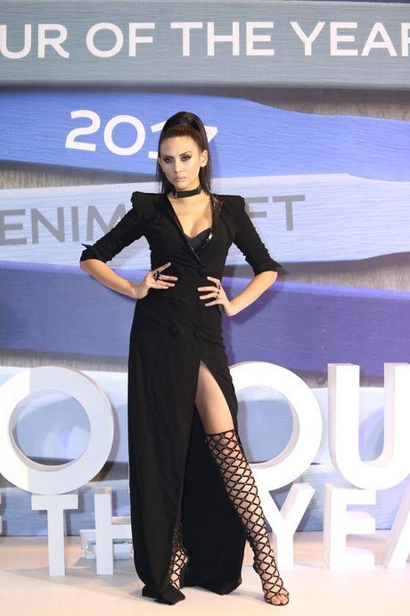 Dan Hoa hau, A hau 'do bo' tham do dem cuoi Elle Fashion - Anh 6