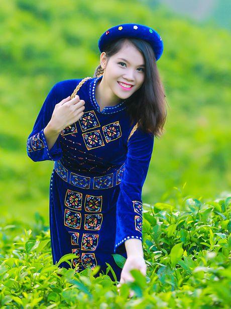 Thi sinh iMiss Thang Long rang ro sac ao dan toc ben doi che - Anh 16