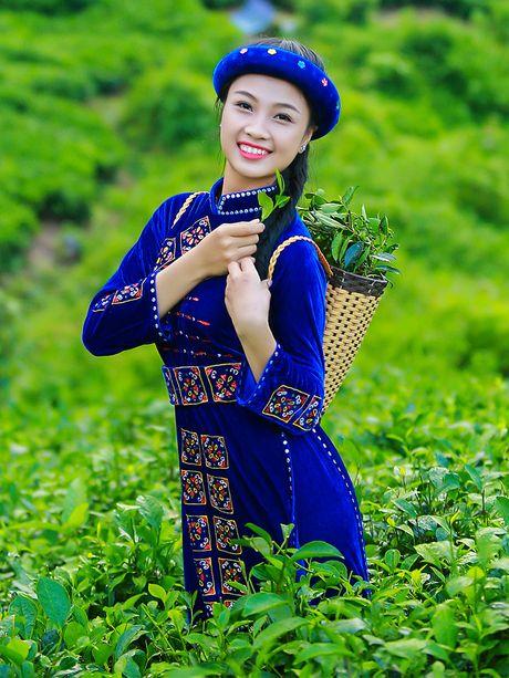 Thi sinh iMiss Thang Long rang ro sac ao dan toc ben doi che - Anh 18