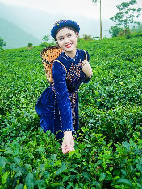 Thi sinh iMiss Thang Long rang ro sac ao dan toc ben doi che - Anh 24