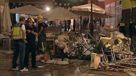 Tay Ban Nha: No binh gas o quan cafe, 77 nguoi bi thuong - Anh 1