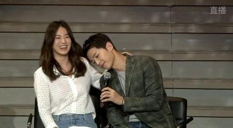Vua phu nhan tin dam cuoi, cap doi Song Joong Ki - Song Hye Kyo 'lai' chuan bi tai hop. - Anh 4
