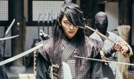 Ban luan 'Moon Lovers': Wang So khong ac moi la la! - Anh 2
