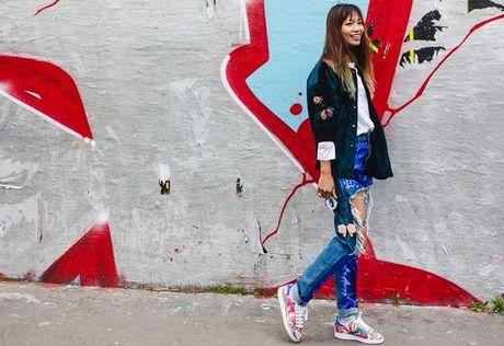Trong thiet ke Do Manh Cuong, fashionista ThyThu lot top 10 street style tai Paris Fashion week - Anh 19