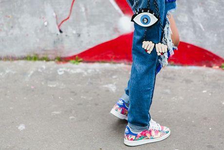 Trong thiet ke Do Manh Cuong, fashionista ThyThu lot top 10 street style tai Paris Fashion week - Anh 20