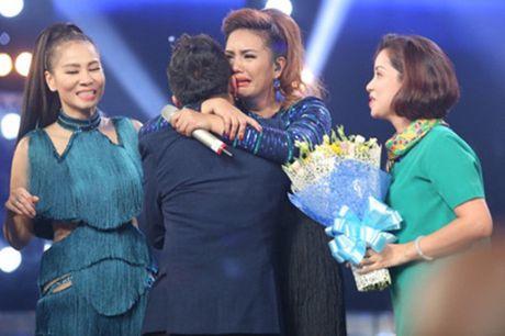 Quan quan Vietnam Idol bi che het muc; Ky Duyen, Ngoc Trinh duoc khen het loi - Anh 8