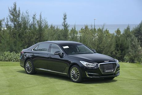 Can canh Genesis G90 vua ve Viet Nam - Anh 1