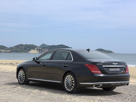 Can canh Genesis G90 vua ve Viet Nam - Anh 2