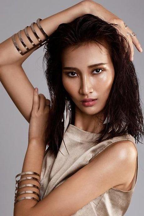 Ai dang quang Vietnam's Next top Model 2016 toi nay? - Anh 8
