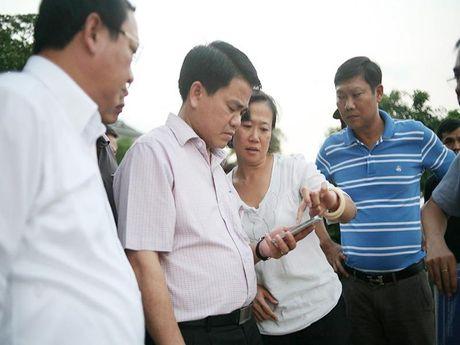 Ca chet o Ho Tay: Chu tich Nguyen Duc Chung di thi sat - Anh 1