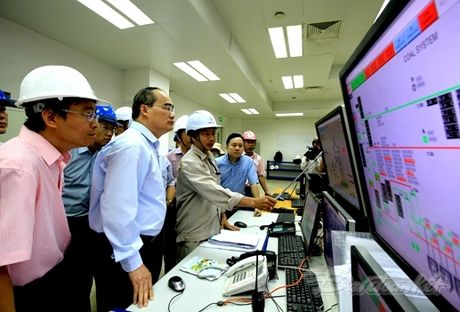 BAN TIN MAT TRAN: Chu tich Nguyen Thien Nhan giam sat tai NM Nhiet dien Duyen Hai 1 - Anh 1