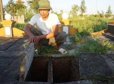 Nguoi dan ong chon cat hang nghin thai nhi - Anh 3
