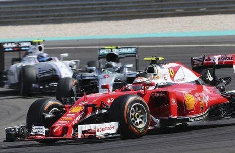 Xe boc chay khien Hamilton bo cuoc tai Malaysian GP - Anh 9