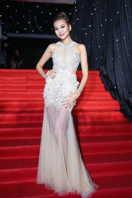Ngoc Chau vuot co gai 1,55 m de dang quang Next Top Model - Anh 6